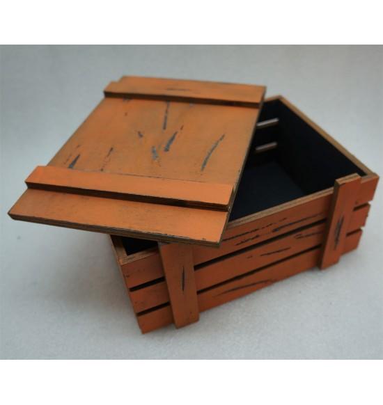 Старинный(потертый ) ящик страха с крышкой черно-оранж
